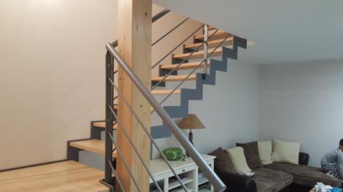 escalier cremaillère marche bois 3