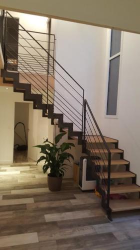 escalier cremaillère marche bois 5