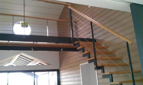 escalier cremaillère marche bois décalée 2