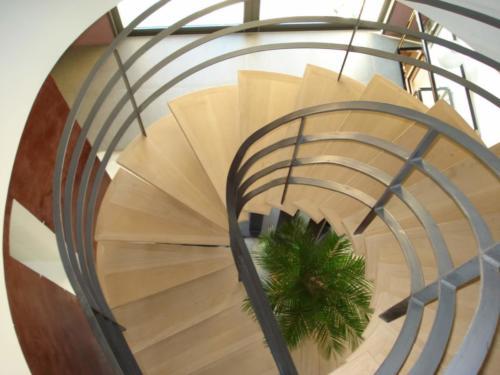 escalier domino limon central (1)