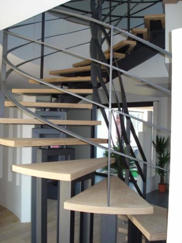 escalier domino limon central 8 (1)