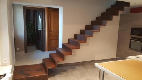 escalier tole pliée