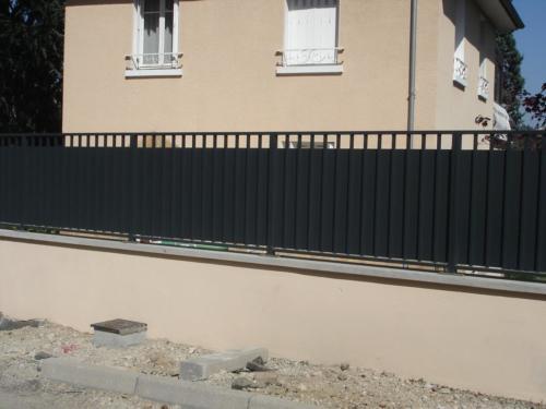 grilles sur muret 11