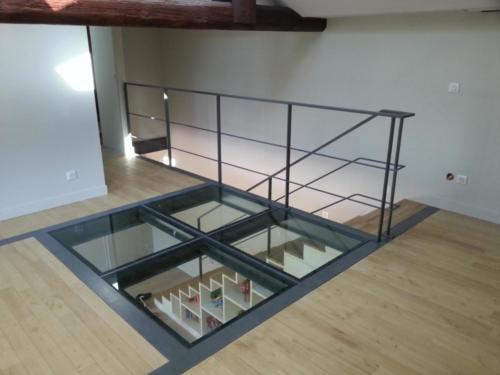 Plancher vitré