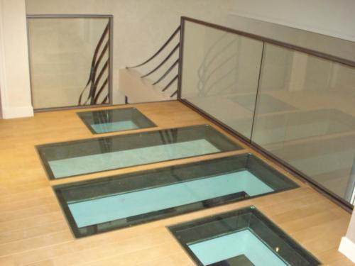 Plancher vitré 10