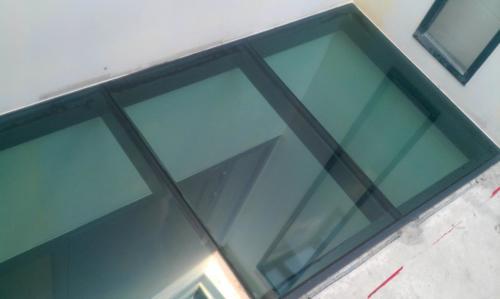 Plancher vitré 11