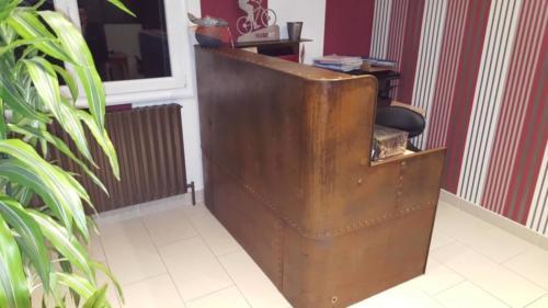 bureau ancienne  cuve